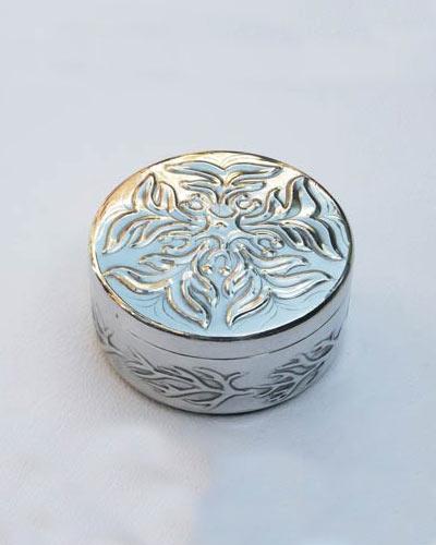 Ragged-robin trinket box