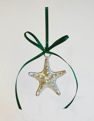 Green star christmas decoration